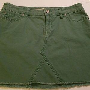 Gap - Green Mini Skirt w/frayed bottom 6